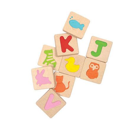 """Drewniane litery ALFABET - klocki do układania i nauki """"Pierwsze literki"""", Plan Toys"""