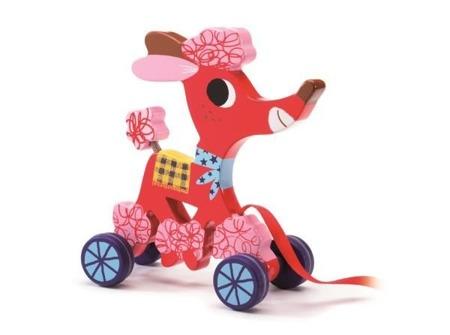 Drewniany różowy piesek do ciągnięcia - przyjaciel pierwszych spacerów, DJECO DJ06236