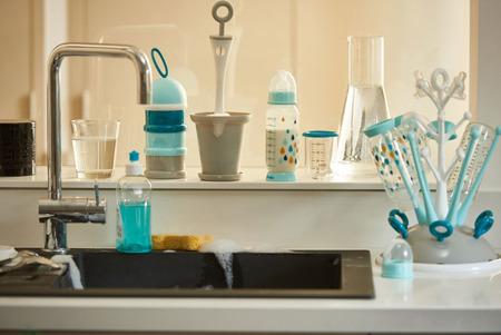 Pojemniki na mleko w proszku blue - 3 komory x 90ml = 270ml, na spacer, podróż, BEABA