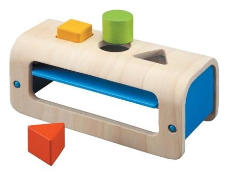 Sorter - skrzynka z figurami geometrycznymi, Plan Toys
